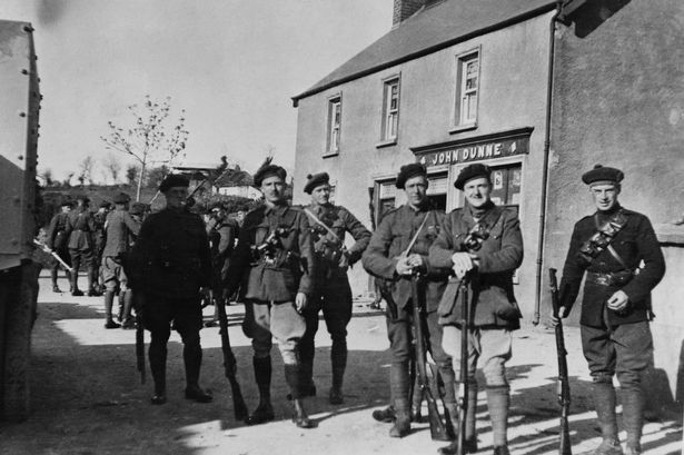 Black and Tans standing.jpg
