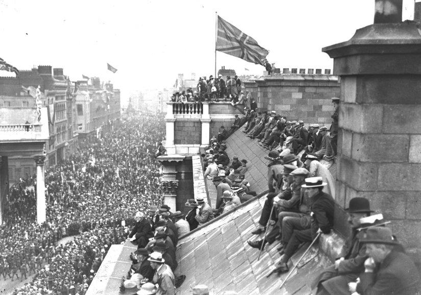 Ed157-Victory-parade-dublin-RTE